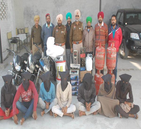 चोर गिरोह के 7 सदस्य गिरफ्तार