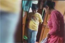 बच्ची को मारने वाली सौतेली मां गिरफ्तार, दरिंदगी का वीडियो हुआ था वायरल