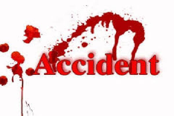 2 सड़क हादसों में 6 घायल
