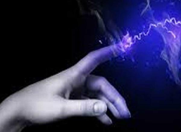 करंट लगने से बिजली कर्मचारी घायल