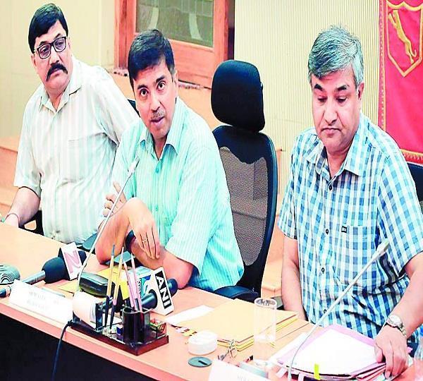 BSF पंजाब सरकार के साथ मिलकर नशों पर रोक लगाएगी: मुकुल गोयल