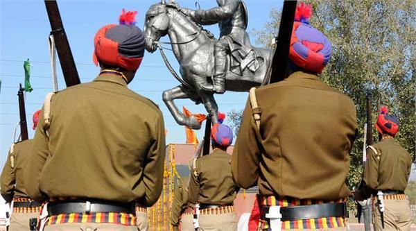 40 हजार  रुपए लेकर भागा आरोपी पुलिस ने पकड़ा,  बरामदगी में दिखाए 2500
