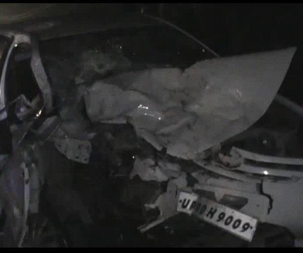 भीषण हादसाः स्कार्पियो-टोयोटा की टक्कर में 1 की मौत, 9 घायल