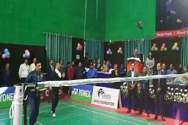 CM ने बैडमिंटन प्रतियोगिता का किया शुभारंभ, देशभर से 1500 प्रतिभागी ले रहें हिस्सा