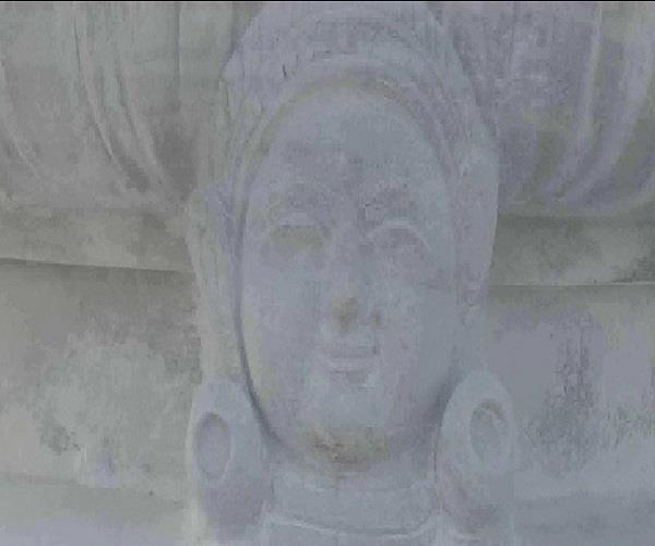 कौशांबी में बनाया गया जैन धर्म का एक भव्य मंदिर, जिसमें नहीं लगी एक भी लोहे की कील