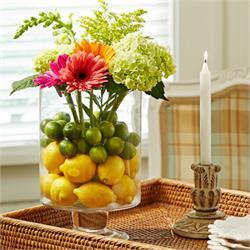 फूलों की ताजगी बरकरार रखने में मदद करेंगे ये टिप्स