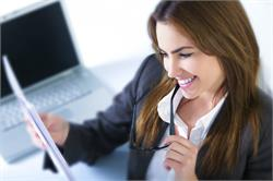 महिलाएं इन क्षेत्रों से कर सकती हैं अपने करियर की शुरुवात
