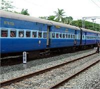 हथियारबंद बदमाशों ने 3 ट्रेनों में की लूटपाट, यात्रियों के बैग और फोन लेकर हुए फरार