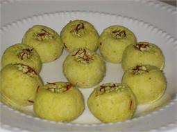 हैल्दी केसर मलाई लड्डू(pics)