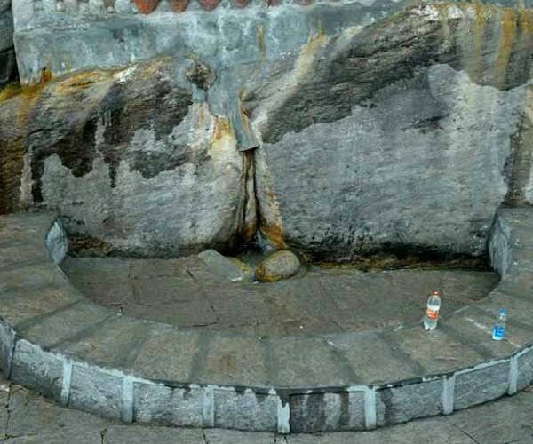 Birthday Special: इस कुंड का पानी पीते थे जवाहरलाल नेहरू (Watch Pics)