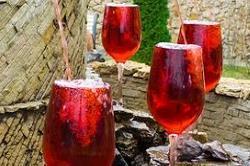 टूरिस्ट इन फाऊंटेन से पी सकते हैं फ्री में शराब
