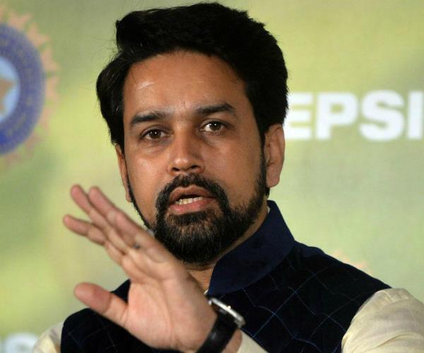 अनुराग ने दी राहुल को नसीहत, बोले- चुटकुलों के अलावा और भी कई मुद्दे हैं