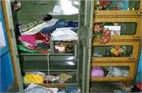 अखिलेश सरकार के दावों की खुली पोल, बदमाशों ने दिया लाखों की चोरी की वारदात को अंजाम