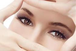 ये एक्सरसाइज करने से आंखें रहेंगी स्वस्थ