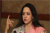 विपक्ष PM मोदी को संसद में बोलने नहीं दे रहा: हेमा
