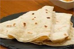 घर पर बनाएं रूमाली रोटी