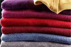 ऊनी कपड़ों को लंबे समय तक नए बनाएं रखने के लिए अपनाएं ये उपाय (pics)