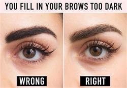 अगर चाहिए Glamorous eyes तो न करें ये गलतियां (Watch Pics)