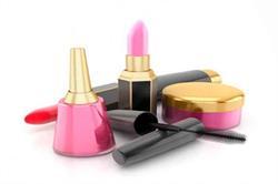 कभी किसी से न शेयर करें ये Beauty Cosmetics चीजें (pics)
