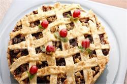 ड्राई फ्रूट से बनाएं इस करह Apple Pie केक (pics)