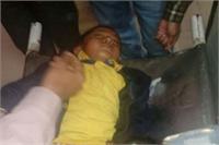 मेरठ: स्कूल बस पेड़ से टकराई, 25 बच्चे घायल