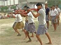 अयोध्या के बाद नोएडा में लगा बजरंग दल का कैंप, तलवारबाजी की ट्रेनिंग (Pics)