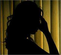 स्कूल की फीस जमा न कर पाने से परेशान छात्रा ने किया Suicide