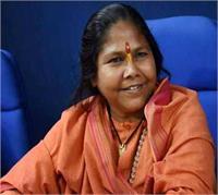 केन्द्र की योजनाओं को लागू कर वाहवाही लूट रही सपा सरकार : साध्वी निरंजन