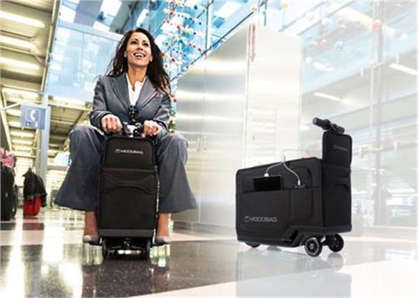 सामान के साथ-साथ आपको भी Carry करेगा यह सूटकेस