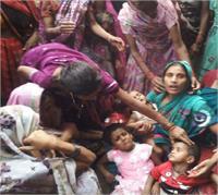 कानपुर में 11 घंटे चला मौत का खेल... 5 लोग दबे, 2 की मौत (Pics)