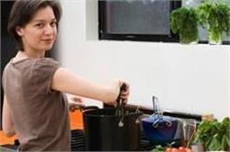 वास्तु टिप्सः खाना बनाते समय रखे दिशा का खास ख्याल