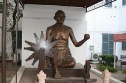 महात्मा गांधी से जुड़ी इन जगहों की जरूर करें सैर