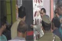 यूपी में बेखौफ बदमाश, सरेआम दिया दिल दहला देने वाली वारदात को अंजाम