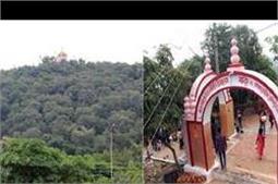 सुसाइड करने वाली 2 बहनों की याद में बनाया गया है ये अद्भुत मंदिर