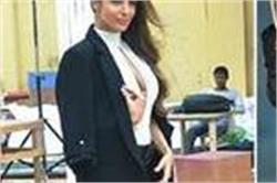 ब्लैक बॉडीसूट में बेहद हॉट दिखी Malaika Arora