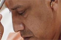 कांग्रेस ने उठाया गोरखपुर के BRD में बच्चों की मौत का मामला, की योगी के इस्तीफे की मांग