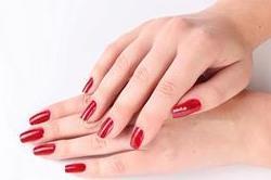 हाथों को ग्लोइंग और सुंदर बनाने के लिए अपनाएं ये टिप्स