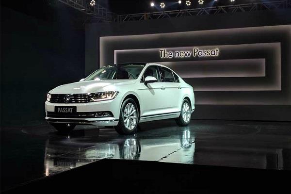 भारत में लांच हुई Volkswagen की नई जनरेशन कार Passat