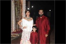 शिल्पा शेट्टी की दीवाली पार्टी में श्रीदेवी की बेटियों ने लोगों को किया Attractive