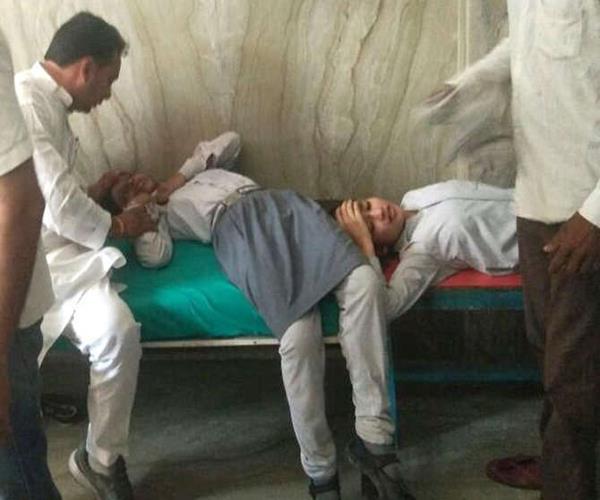 जहरीली गैस की चपेट में आए थे 500 बच्चे, 8 छात्राएं मेरठ अस्पताल रेफर