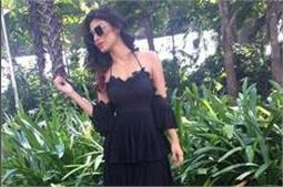 सीरियल्स में सिंपल दिखने वाली Mouni Roy, रियल लाइफ में है बेहद Bold