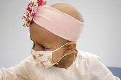 बच्चों में बढ़ रहा कैंसर का खतरा, जानिए इसके लक्षण