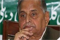 अयोध्या गोली कांड पर दिए बयान पर मुलायम के खिलाफ केस दायर