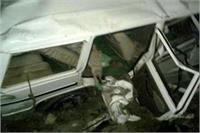 मानवरहित क्रासिंग पर ट्रेन से टकराई बोलेरो जीप , 4 की दर्दनाक मौत