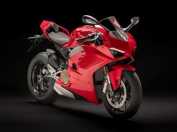 1103 सीसी के पावरफुल इंजन से लैस है Ducati Panigale V4