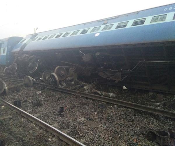 चित्रकूट रेल हादसा: मरने वालों के परिजनों को मिलेगा 5-5 लाख रुपए का मुआवजा