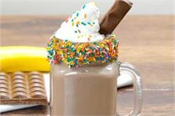 Banana Peanut Butter & Chocolate Milk Shake