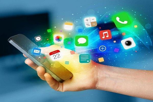 ये 4 एप्प जो अापके फोन की बैटरी को करती है जल्दी खत्म