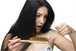 सिर्फ 4 दिन में ही कम होगा बालों का झड़ना, अपनाएं ये नुस्खें