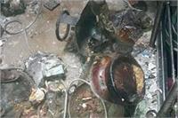 LPG सिलेंडर में ब्लास्ट होते ही घर की गिरी छत, दर्जनों घायल
